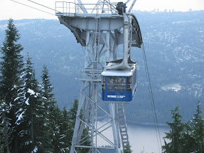 Photo: Grouse Mountain Skyride, second batch up