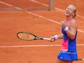 Kiki Bertens geeft Caroline Garcia rammel en plaatst zich voor finale in Madrid