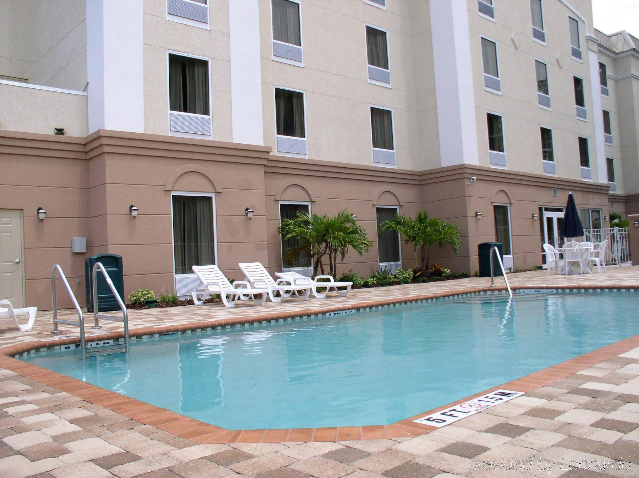Holiday Inn Express Clearwater/us 19 N