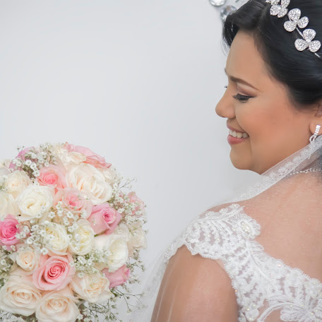 Wedding photographer Ruth Castro (starkcorpfilms). Photo of 09.08.2017