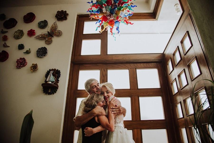 Wedding photographer Carlos Vera (carlosvera). Photo of 19.10.2017