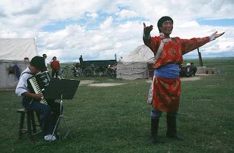 Photo: 03516 経棚郊外/克什克謄旗の旗長の歓迎パーティー/民族舞踊