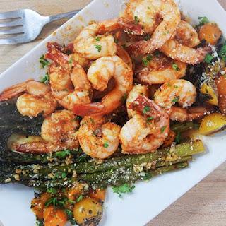 One Pan Sriracha Honey Shrimp & Asparagus | 20 Minute Meals Recipe