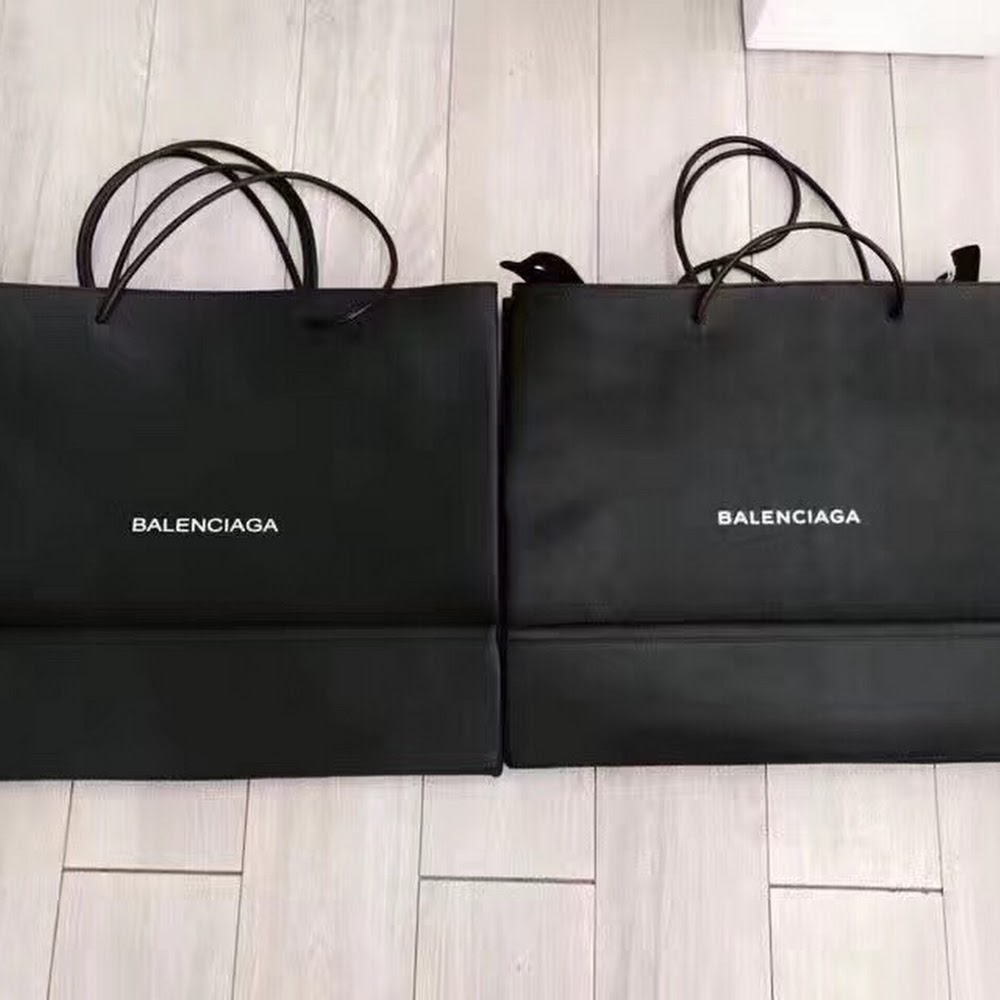 BLK BAL LEATHER TOTE