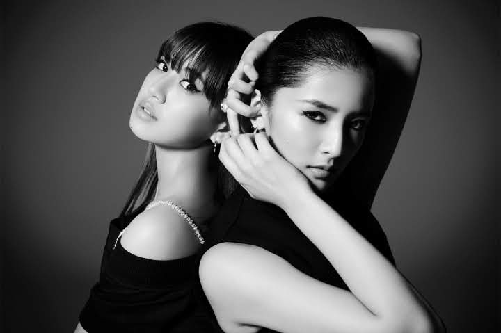"""Imagem promocional do single """"LOVE YOUR LIFE/Parallel Synchronicity produced by m-flo""""."""