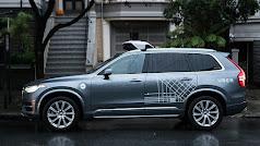 Uno de los modelos de vehículo sin conductor de Uber.