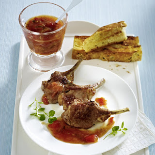 Lamb Chops with Tomato Sauce