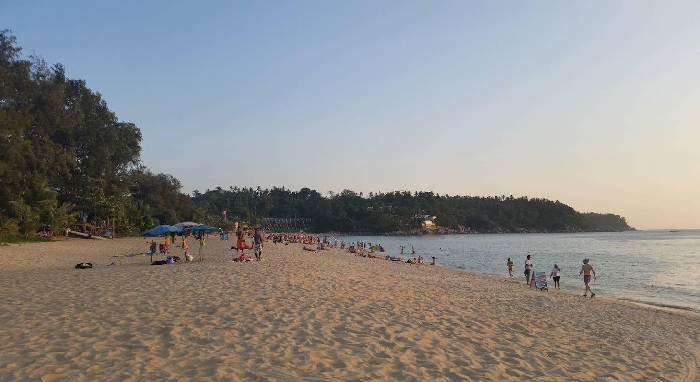 Enjoy's Beach House Karon