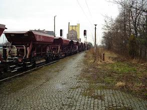 Photo: Strzegom: ST43-194 ze składem towarowym w kierunku Jaworzyny Śląskiej