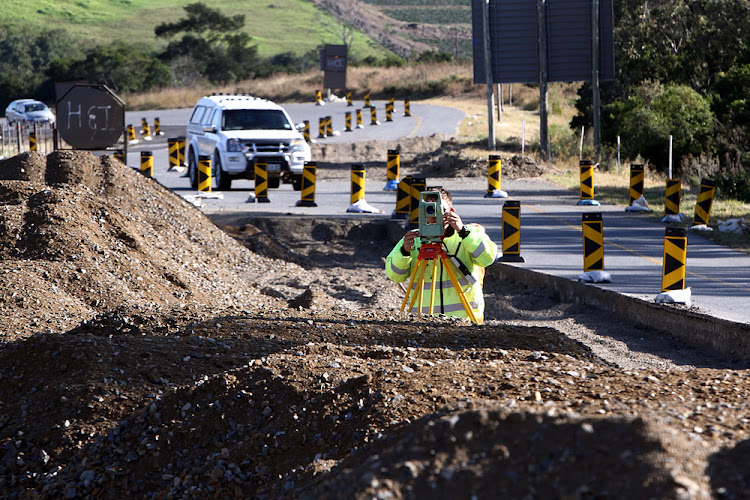 Here Sanral is working on a national project to upgrade the Gonubie interchange on the N2, East London.