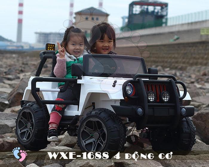 Ô tô điện cho bé WXE-1688 khủng với 4 động cơ 8
