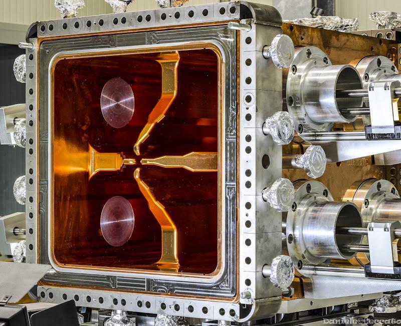 RFQ - Cavità risonante a superconduttore di daniele1357