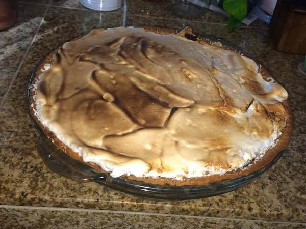 Pumpkin Molasses Pie With Spiced Meringue Topping
