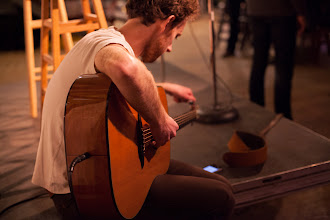 Photo: Peter tuning before the NYC event (photo by Spyr Media)