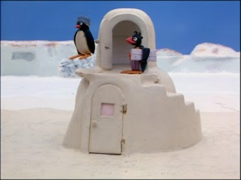 Pingu Helps to Deliver the Mail