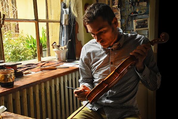 Creazione di uno Stradivari di BASTET-Clara