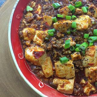 Mapo Tofu (麻婆豆腐 má pó dòu fǔ)