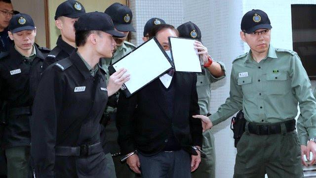 Breaking News: हङकङका पूर्व कार्यकारी प्रमुख डोनाल्ड च्याङलाई हत्कडी लगाउंदै २० महिनाको लागि जेल लगियो