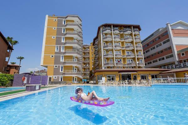 Limoncello Sandy Beach Hotel