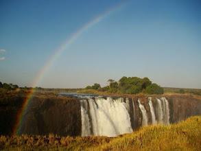 Photo: Arc en ciel sur les Victoria Falls