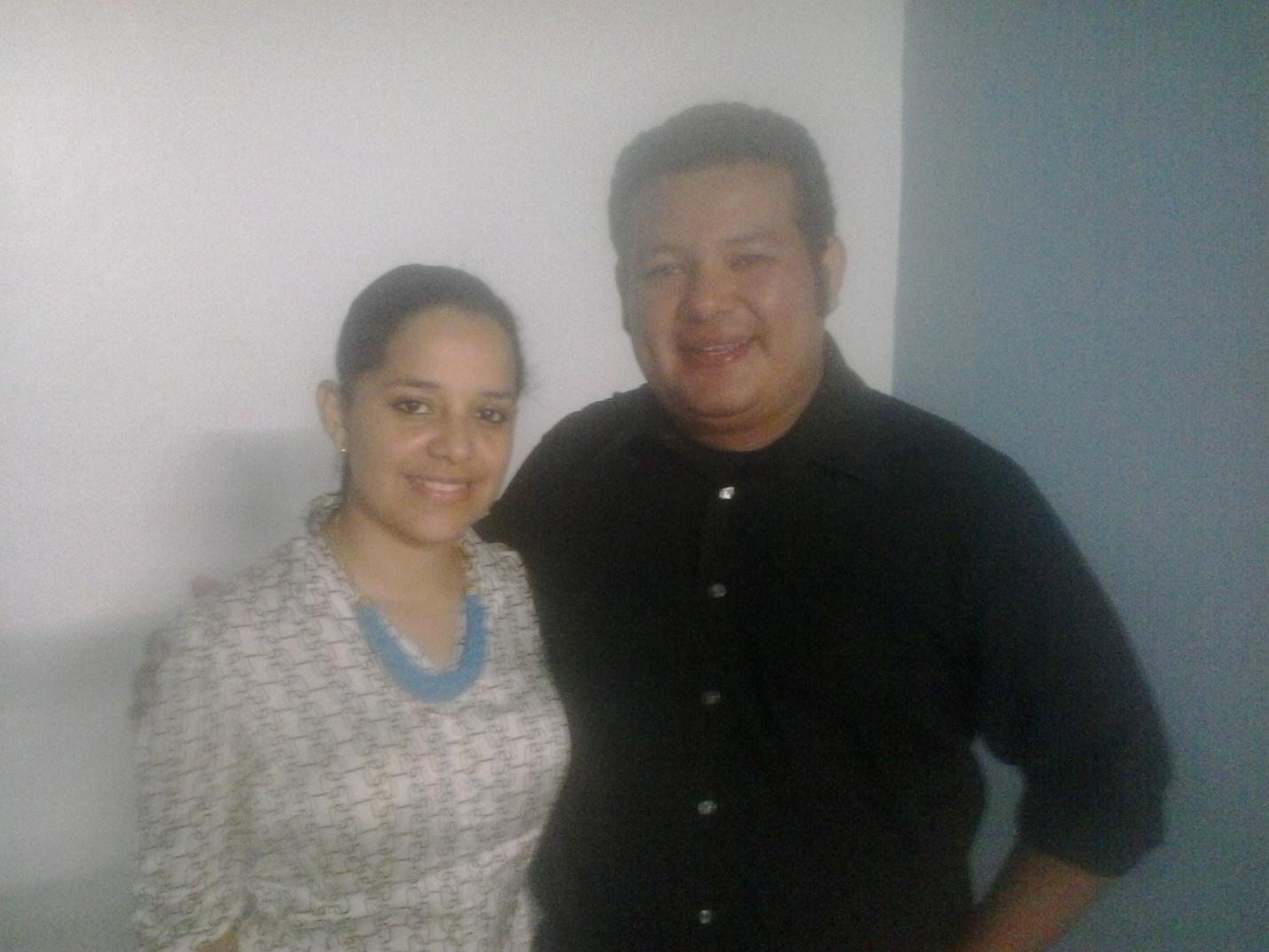 C:\Users\Bayron\Documents\SIFAT\FOTOS\HONDURAS\JUTIAPA\TALLER 1         NIVEL AVANZADO Febrero 26-27   2016\Dr.Pacheco & Ana.jpg
