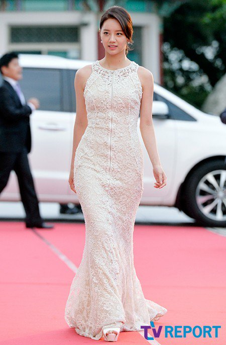 hyeri gown 15