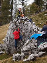 Photo: Priročna plezalna stena.