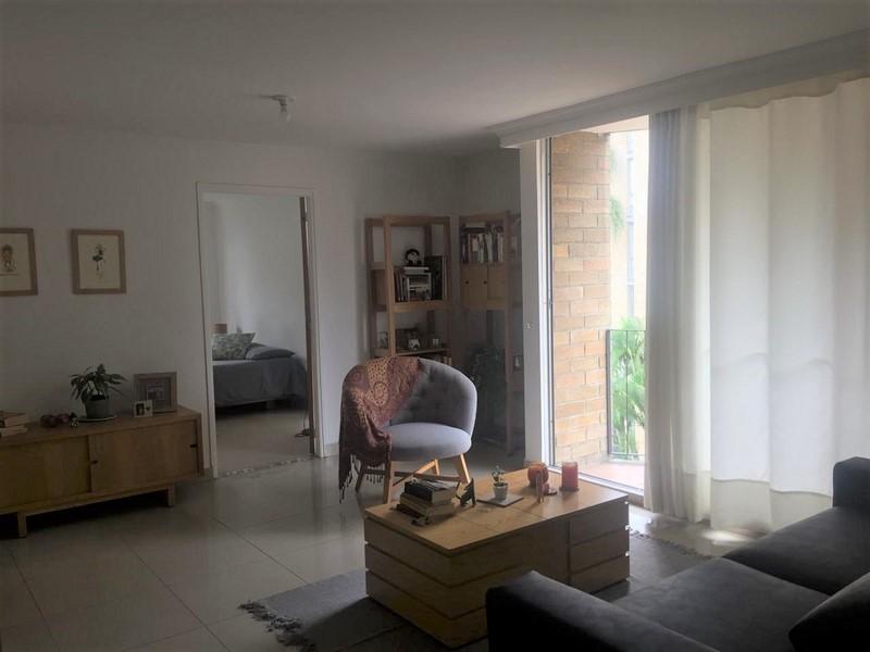 apartamento en arriendo poblado 679-26216