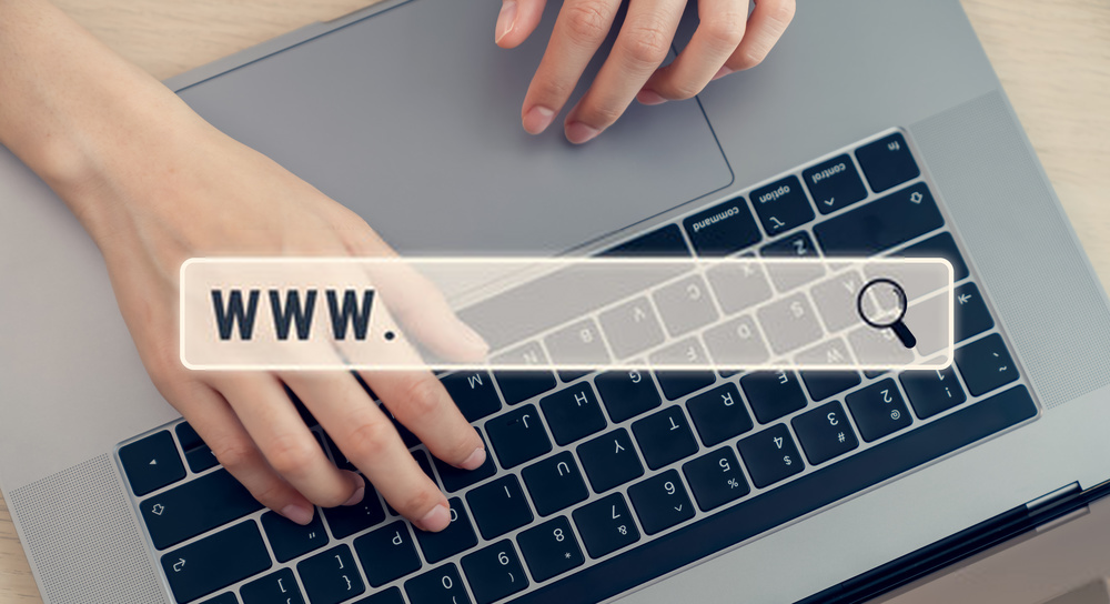 Sertakan Alamat Situs Web Anda di semua Materi Pemasaran