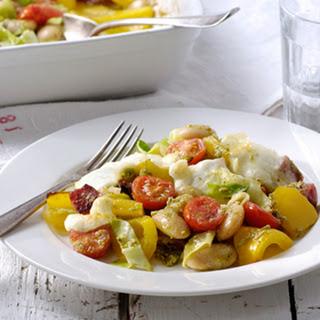 Italiaanse Witte Bonenschotel Met Salami, Cherrytomaatjes En Mozzarella