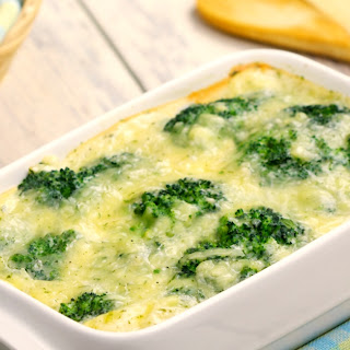 What's Not To Love About This Cheesy Sweet Corn And Broccoli Casserole!.