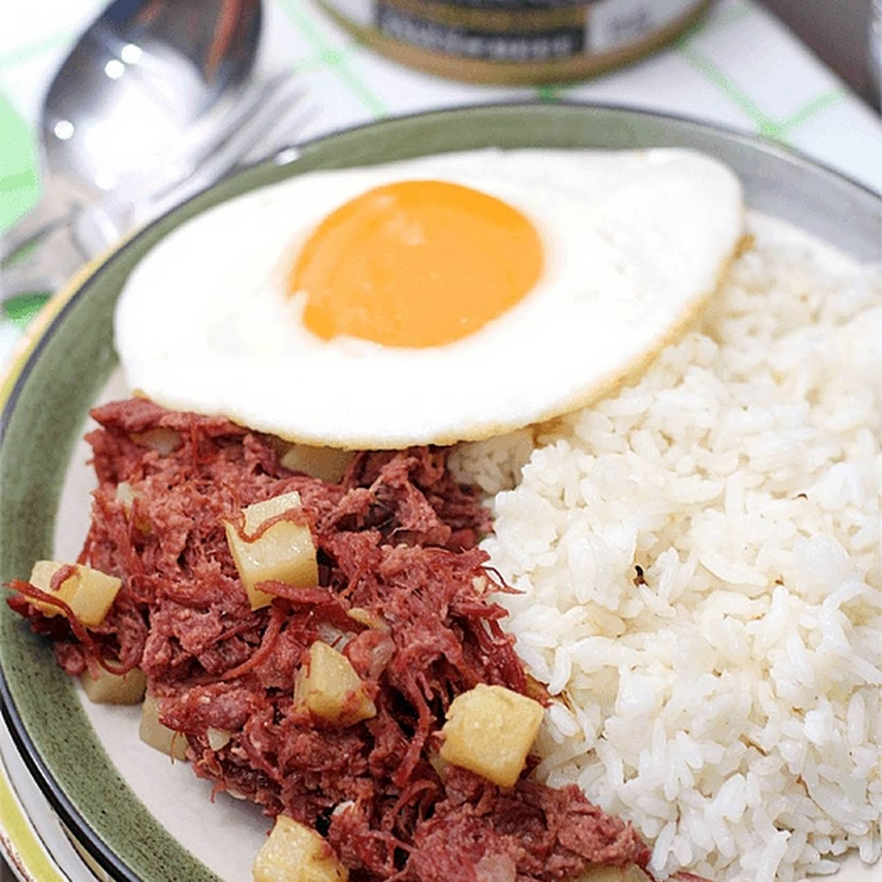 CornSiLog ( Corned Beef, Sinangag, Itlog)  once Highlands Gold Corned Beef