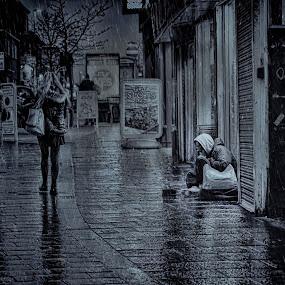 Homeless in Rochdale by Tony Munro - Black & White Street & Candid ( #homeless, #sleepingrough, #candidphotography, #mylifestylewasnotachoice, #allmybelongingsareinthisbag, #lifeinmonochrome, #nobodycares, #christmasonthestreets, #streetlife, #torrentialrain, #begging )