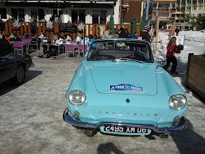Photo: Une Renault Caravelle, qui a rejoint en dernière minute l'équipée 2013.