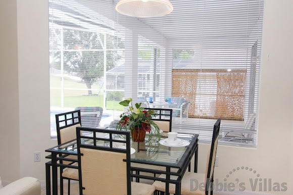 Additional dining with views of the pool deck