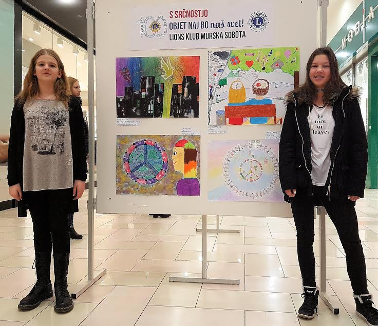 Uspeh učenk na natečaju Plakat miru