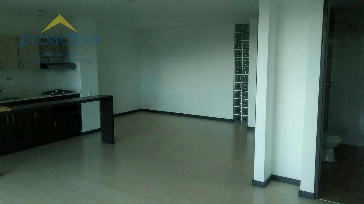 apartamento en arriendo centro 497-7344