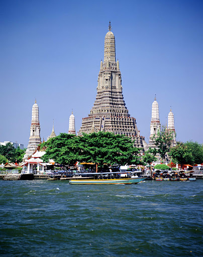 Wat-Arun-Bangkok.jpg - Wat Arun (known as Temple of the Dawn) in Bangkok, Thailand.