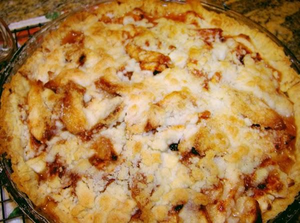 Easy Apple Crumb Pie Recipe