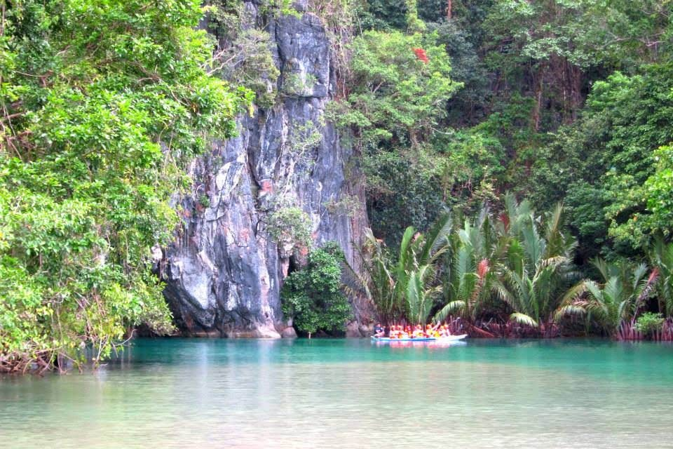 Puerto Princesa Underground River Tour – this just magnified my aversion to group tours, never again
