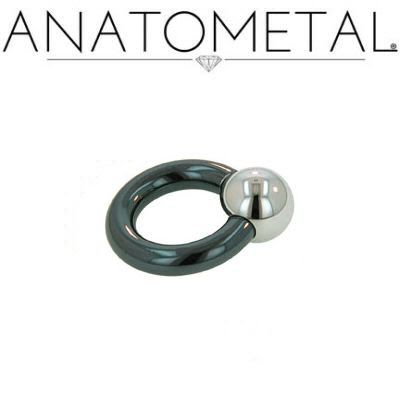 Ring i niobium med hematitkula (1.6mm)