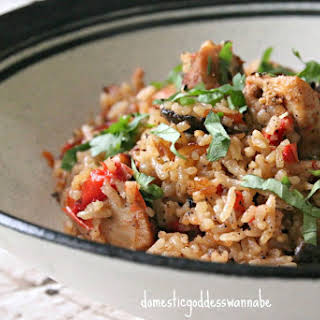 Rice Cooker Tomato Rice With Chicken And Mushrooms.
