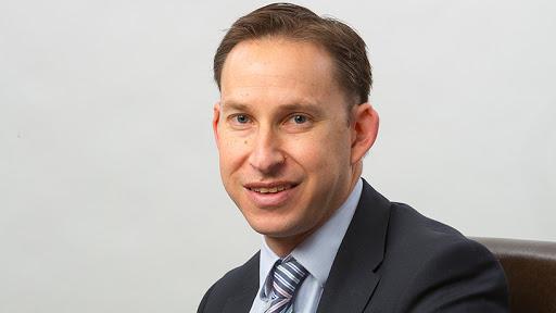 Hylton Kallner, CEO of Discovery Bank.