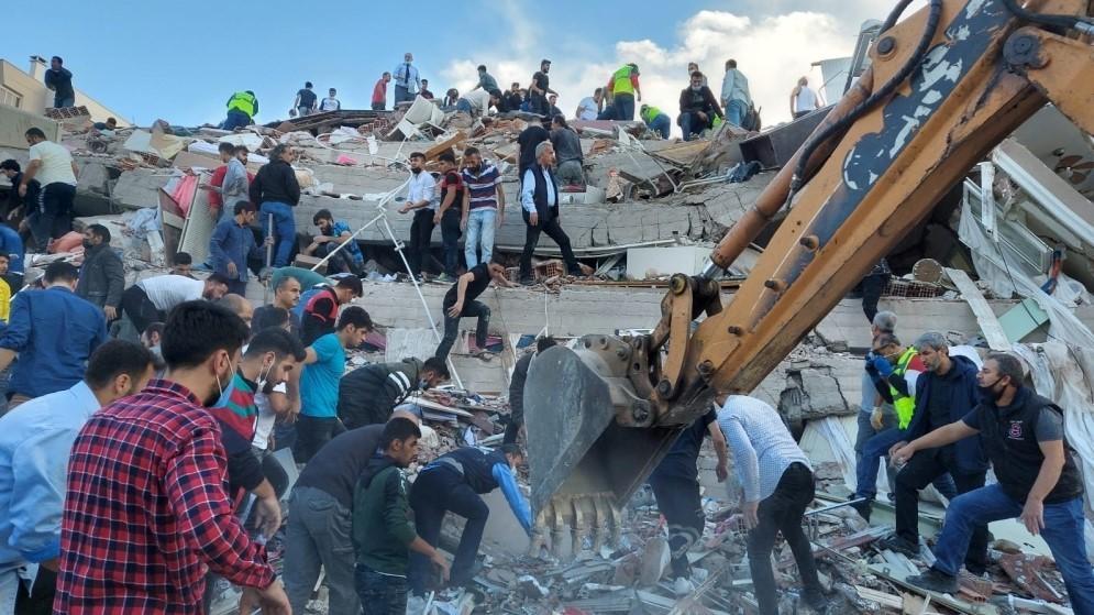 8 قتلى وعشرات الجرحى في زلزال قوي ضرب اليونان وتركيا - صحيفة الاتحاد