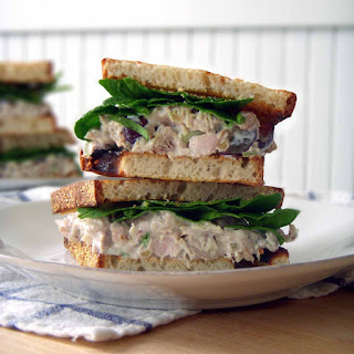 Awesome Chicken Salad (with grapes and walnuts)
