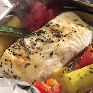 Grilled Lemon Pepper Halibut and Squash Foil Packets Recipe