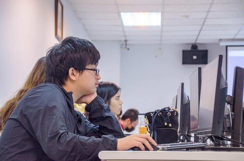 2019-11-6 學院課程 2 ─ 一小時玩程式