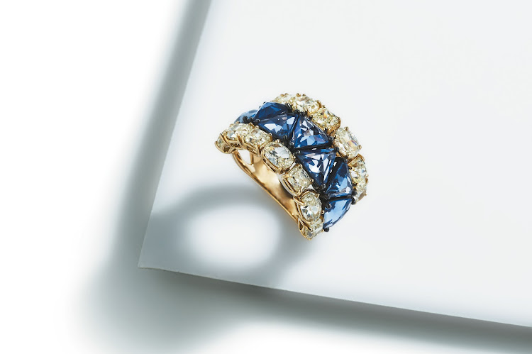 18ct yellow diamond and rose cut sapphire ring, Elegance Jewellers