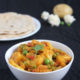 Aloo Gobi Matar Recipe | Easy Side Dishes for Roti