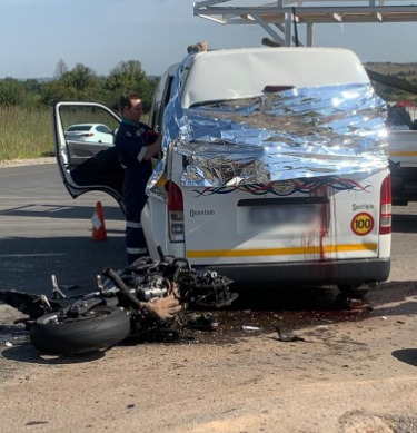 Girls aged 6 and 10 and biker die as motorcycle slams into taxi - TimesLIVE